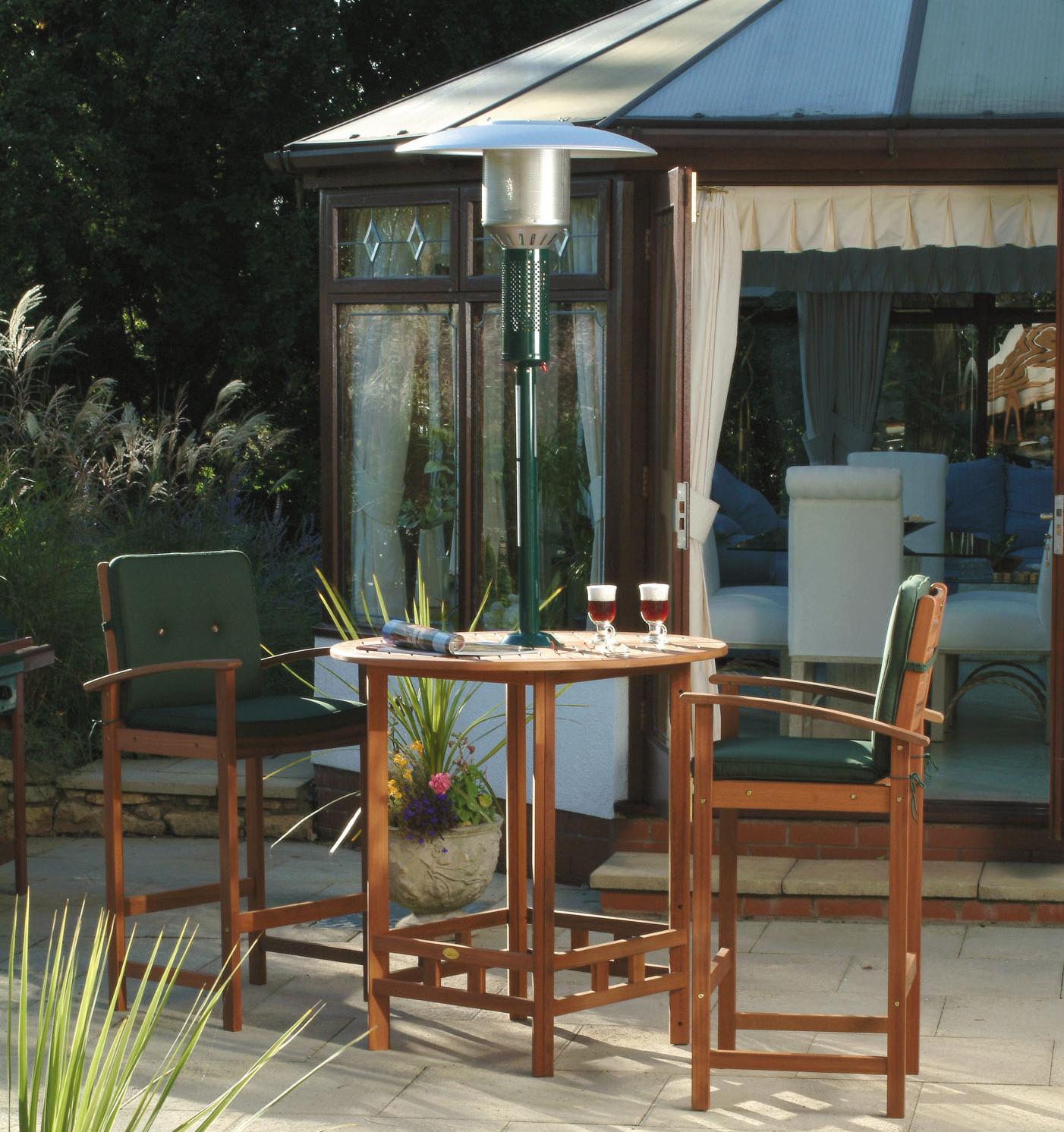 De antiquaset. 100 cm tafelblad, stevig hardhout fsc (yellow balau). 2 stoelen, inclusief kussens.de hoge ...